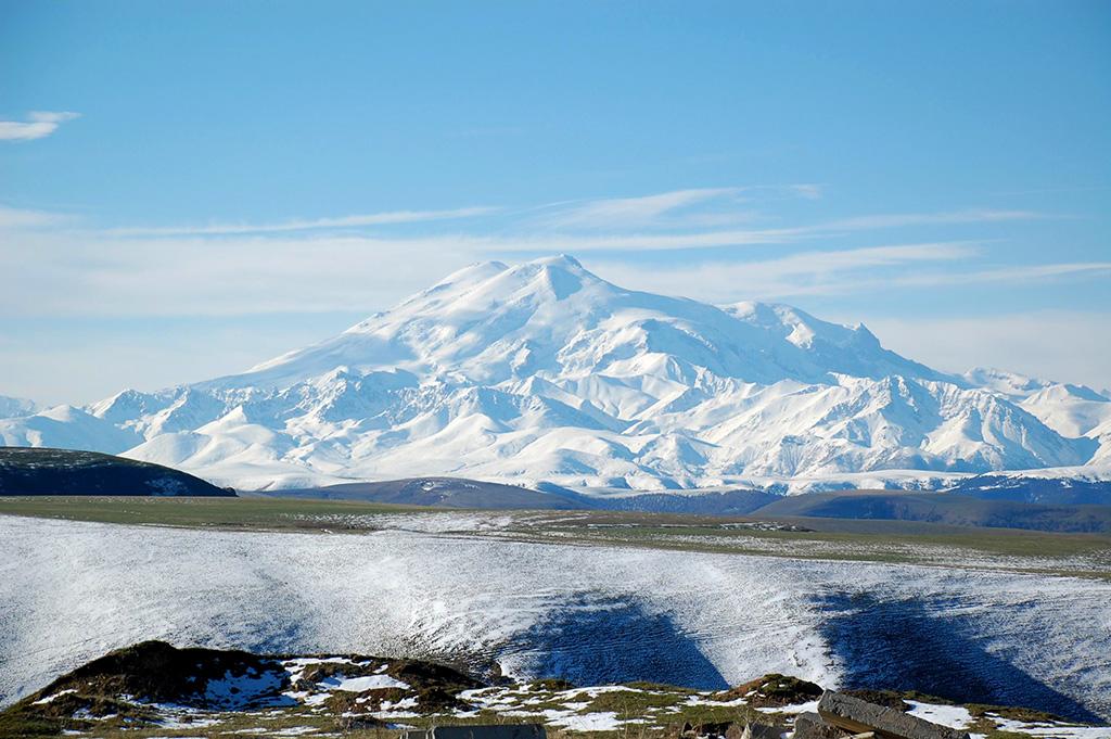 Monte Elbrus - la vetta più alta d'Europa.