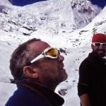 Il Socio Alpino Riva Giorgio con l'amico Mattia Roncoroni a quota 5000 mt.